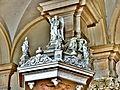 Décorations de l'abat-voix de la chaire de l'église.jpg
