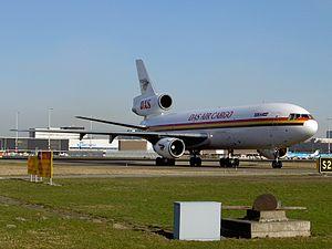 DC-10 DAS Air Cargo 5X-JCR at Schiphol.JPG