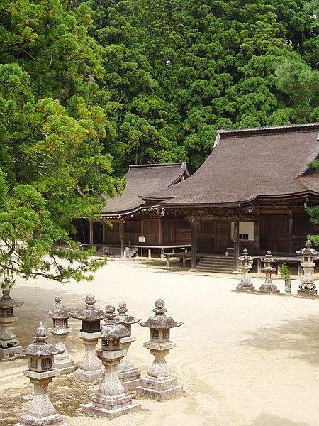 File:Danjyogaran, Koyasan, Japan - temple b.JPG