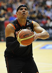 David Aliu Mersey Tigers BBL Cup Final 2011.JPG