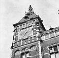 Detail van linker toren - Amsterdam - 20011221 - RCE.jpg