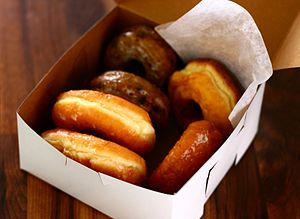 English: Apack of donut Français : Un paquet d...