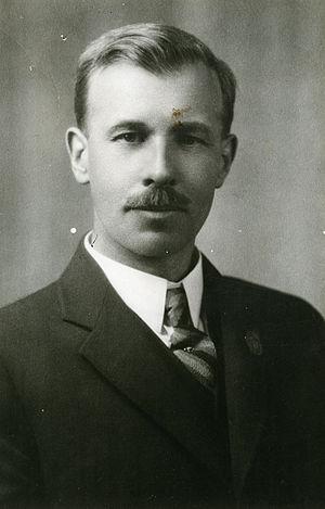 Robert Charles Wallace - Image: Dr. Robert C. Wallace (ca. 1931) (16842517976)