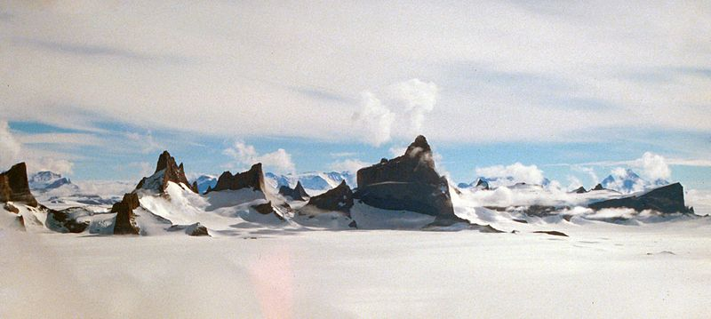 File:Drygalskiberge.jpg