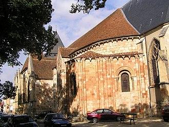 Dun-sur-Auron - The church in Dun-sur-Auron