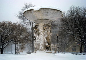 Dupont Circle fountain - February 10, 2010 bli...