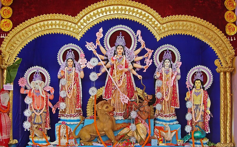 ᱨᱮᱫ:Durga, Burdwan, 2011.JPG
