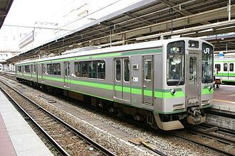E127 series - Niigata-based E127 series set V11 at Niigata Station in May 2008
