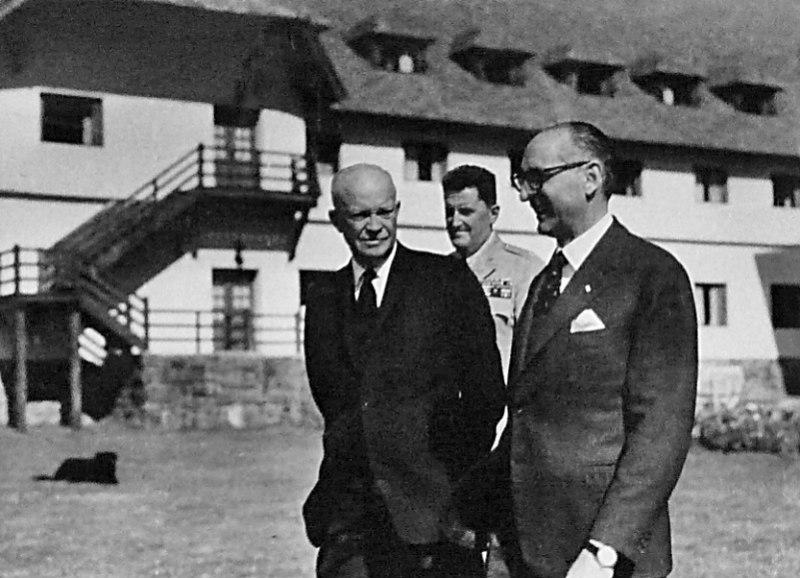 Eisenhower y Frondizi 03