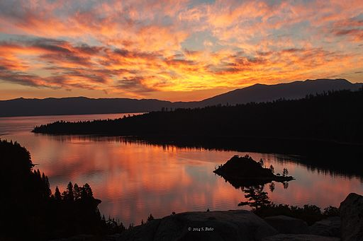 Emerald Bay, Lake Tahoe (15387213956)
