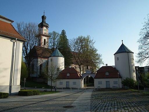 Ensemble Wehrtürme Schloß Großlaupheim St Peter und Paul Laupheim