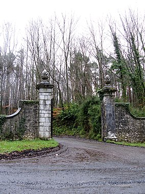 Entrance, Curragh Chase Forest Park, Co. Limerick - geograph.org.uk - 364408.jpg