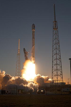 Falcon 9 v1.1 - Image: Falcon 9 launch with DSCOVR