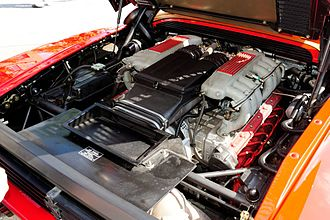 Flat-12 engine - Ferrari Testarossa flat-twelve engine, mid-mounted