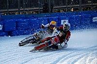 Finallauf in der Eisspeedway-Weltmeisterschaft 2010 in Innsbruck (01).jpg