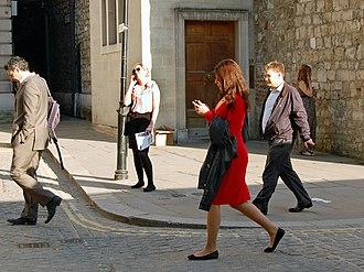 Smartphone zombie - Image: Flickr Duncan~ Mansion House