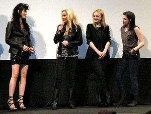 The Runaways (film) - (Left to right) Floria Sigismondi, Cherie Currie, Dakota Fanning and Kristen Stewart
