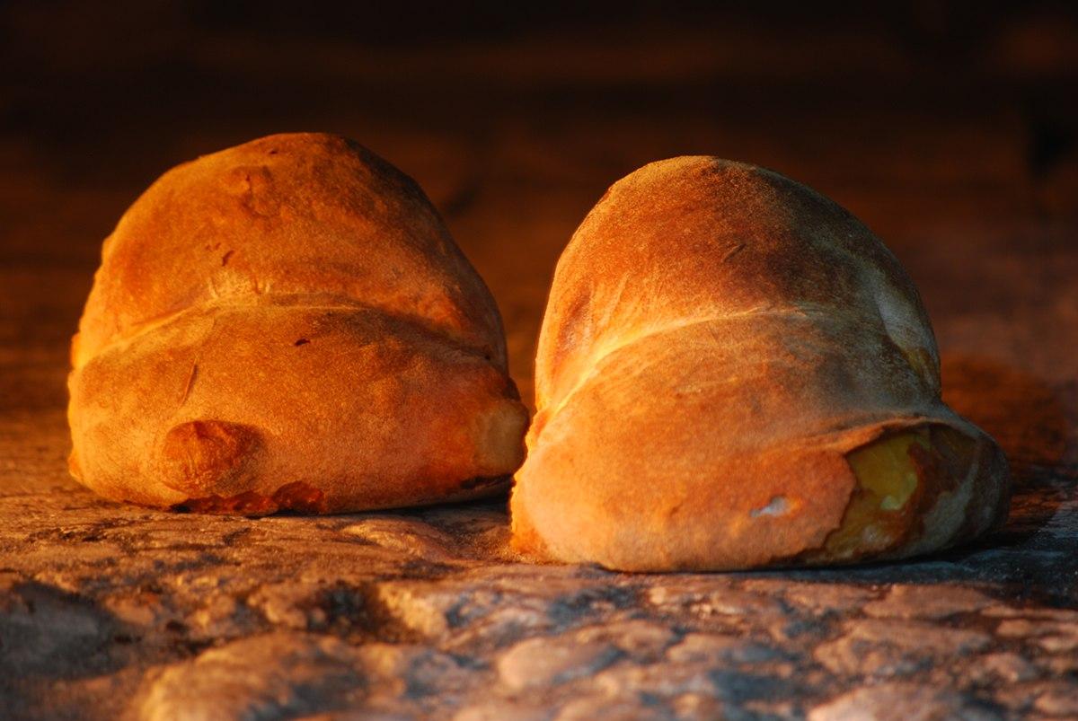 Pane di altamura wikipedia for Sportello per forno a legna