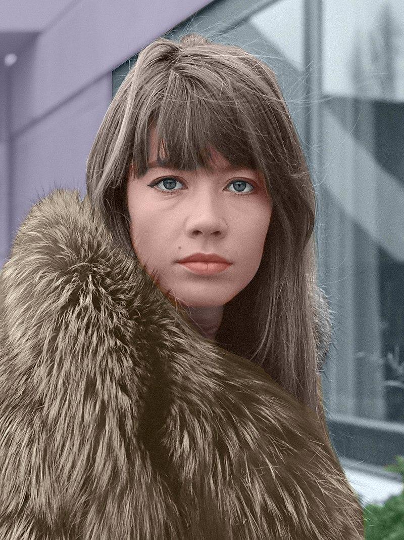 Françoise Hardy en 1969 (photo en couleur) | Photo : Wikimedia.