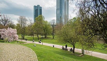 Frankfurt Taunusanlage.20130418.jpg