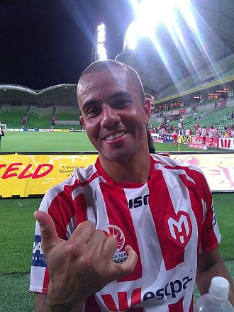 Fred (footballer, born 1979) - Fred with Melbourne Heart in 2013