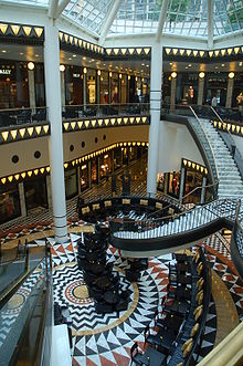 Galeries-Lafayette-stitching-by-RalfR-03.jpg