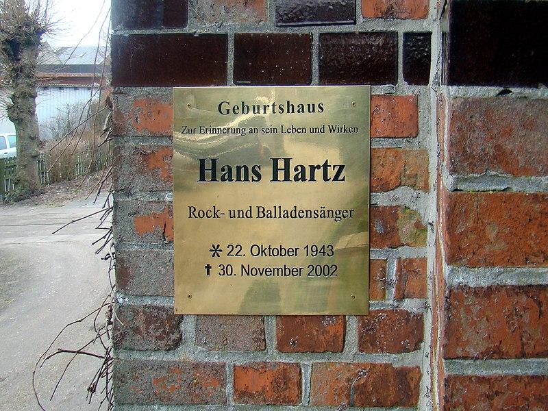 File:Gedenktafel Hans Hartz.JPG