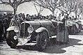 Germaine Rouault, victorieuse du Critérium Paris-Nice 1937 sur Delahaye.jpg