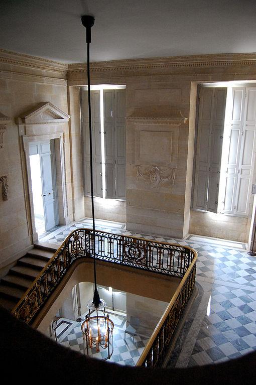 File grand escalier du petit wikimedia commons - Escalier colimacon petit diametre ...