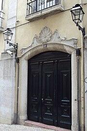 Entrada principal do Grande Oriente Lusitano em Lisboa.