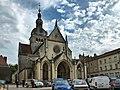 Gray, la Basilique Notre Dame.jpg