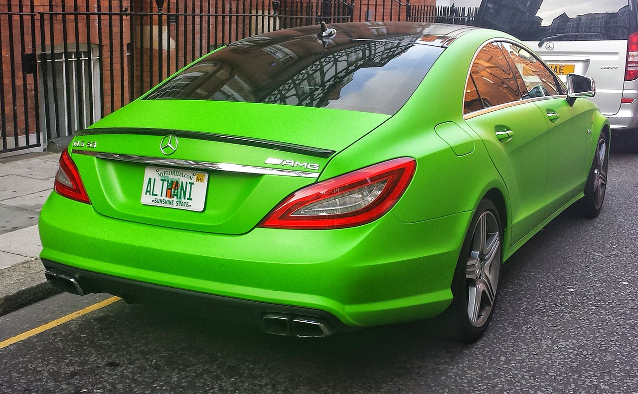 File Green Mercedes Benz Cls 63 Amg Rr London14 Jpg Wikimedia Commons