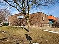 Greenfield-Park-Centre communautaire René-Veillet-vue de la rue Parklane-2019-12-23.jpg