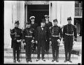 Group at White House, Washington, D.C. LCCN2016889051.jpg
