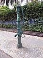 Grunewald Herthastraße Wasserpumpe 23.jpg