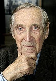 Gunnar Sønsteby Norwegian resistance member and writer