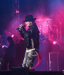 Rose in concerto a Bangalore, India, nel dicembre 2012