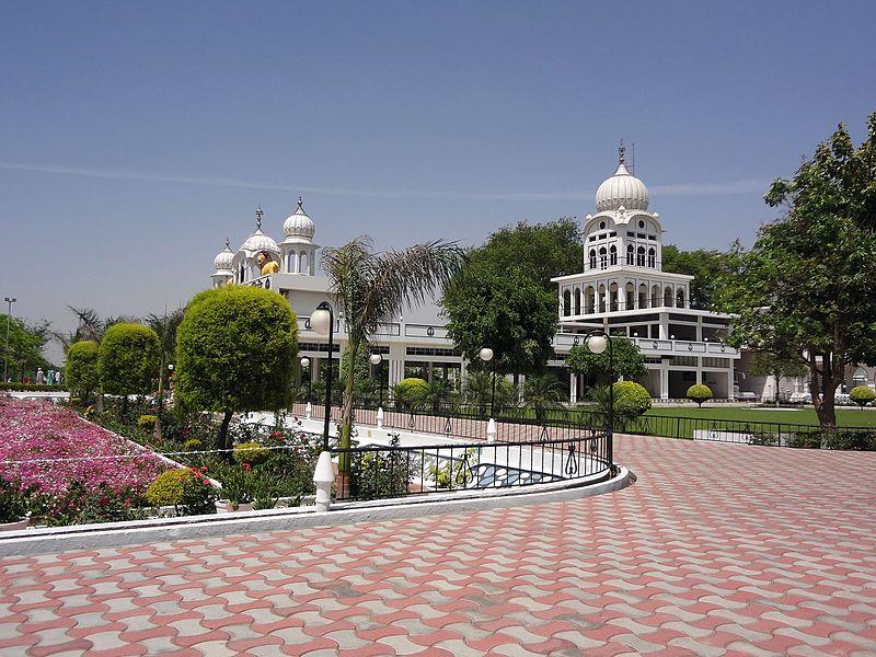 File:Gurudwara Saheb Nanaksar, Harike, Punjab 02.jpg