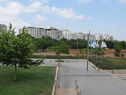 בתי הדר יוסף מכיוון פארק הירקון
