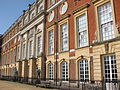 Hampton Court Palace (3037055061).jpg