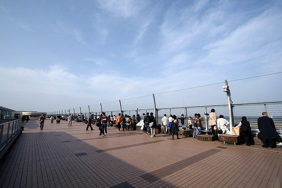 Haneda Airport Terminal2 ObservationDeck.jpg