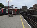 Harrow-on-the-Hill stn platform 2 look north.JPG