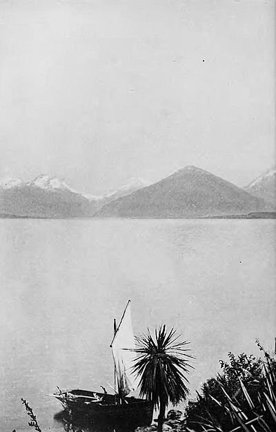 Head of lake wakatipu-Picturesque New Zealand, 1913.jpg