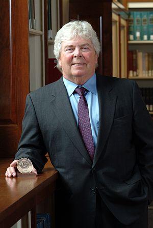 Herbert Boyer - Herbert Boyer receiving Winthrop Sears Medal, 2005
