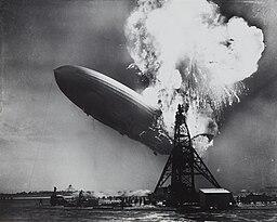 Hindenburg disaster Sam Shere (1905–1982), Public domain, via Wikimedia Commons