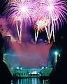 Hoover Dam Fireworks (10406873483).jpg