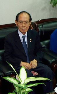 North Korean poltiican and defector