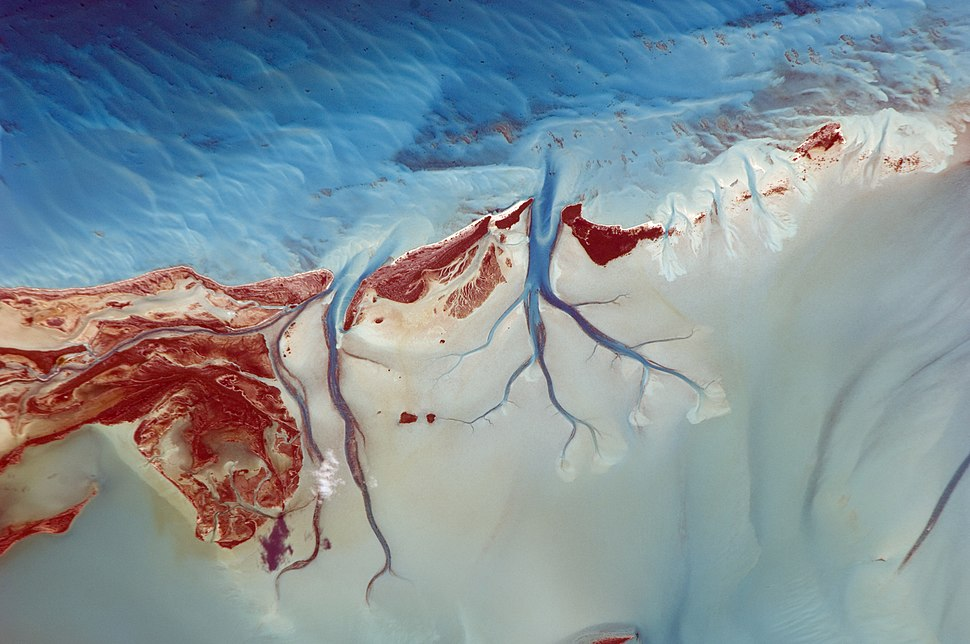 ISS-26 Tidal flats and channels on Long Island, Bahamas