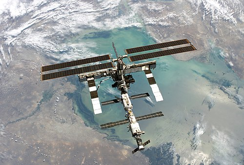 space station live feed - HD 2932×1980