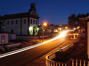 Fonte do Bastardo - Twilight in the village of Fonte do Bastardo, with the parochial church
